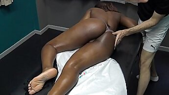 Amateur Wife First Black Dick Massaging Lover