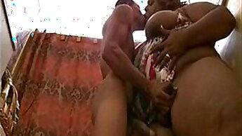 bbw trans body goes for swallow