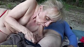 Cowgirl dicking outdoors with hot bitch Extreme Harti