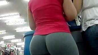 Blowjob in public xxx I would like to shake that ass, Sandra