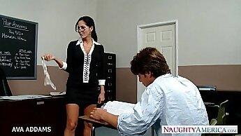 Busty classmate gets sucked by teacher Audrey Indigo